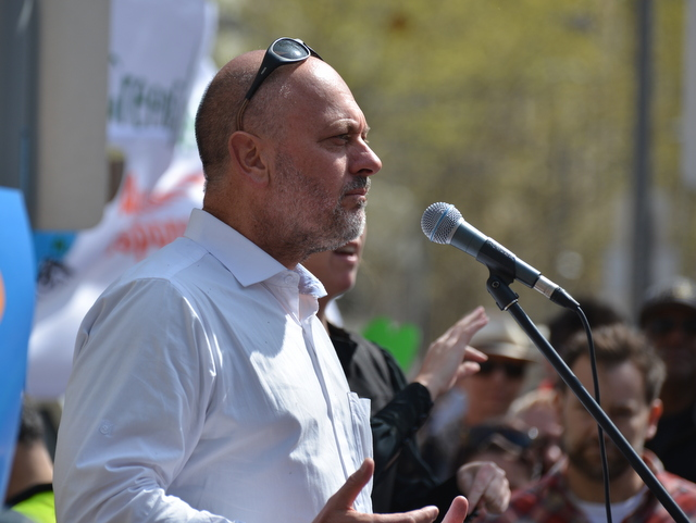 Image:2014-09-21 Tim Flannery Peoples Climate March Melbourne 600 0485.JPG