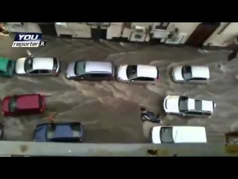Image:2013-02-22 Athens floods cars in street.jpg